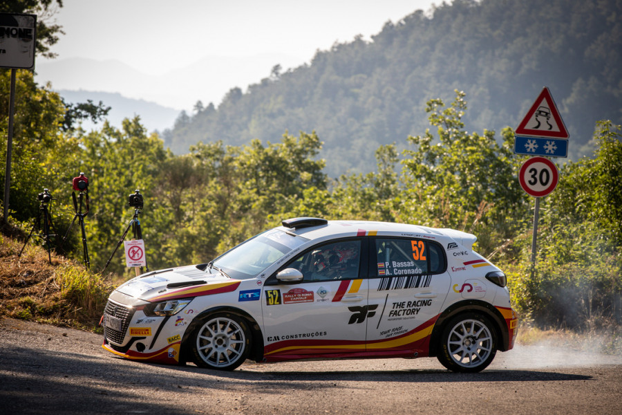 Domination of Peugeot 208 Rally4 at Roma Capitale, Pep Bassas winner in ERC3